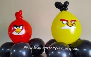 """""""Angry Birds"""" из воздушных шаров"""